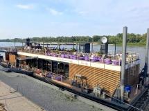 Barka Warszawska DZIEŃ i NOC - pływająca restauracja na Wiśle